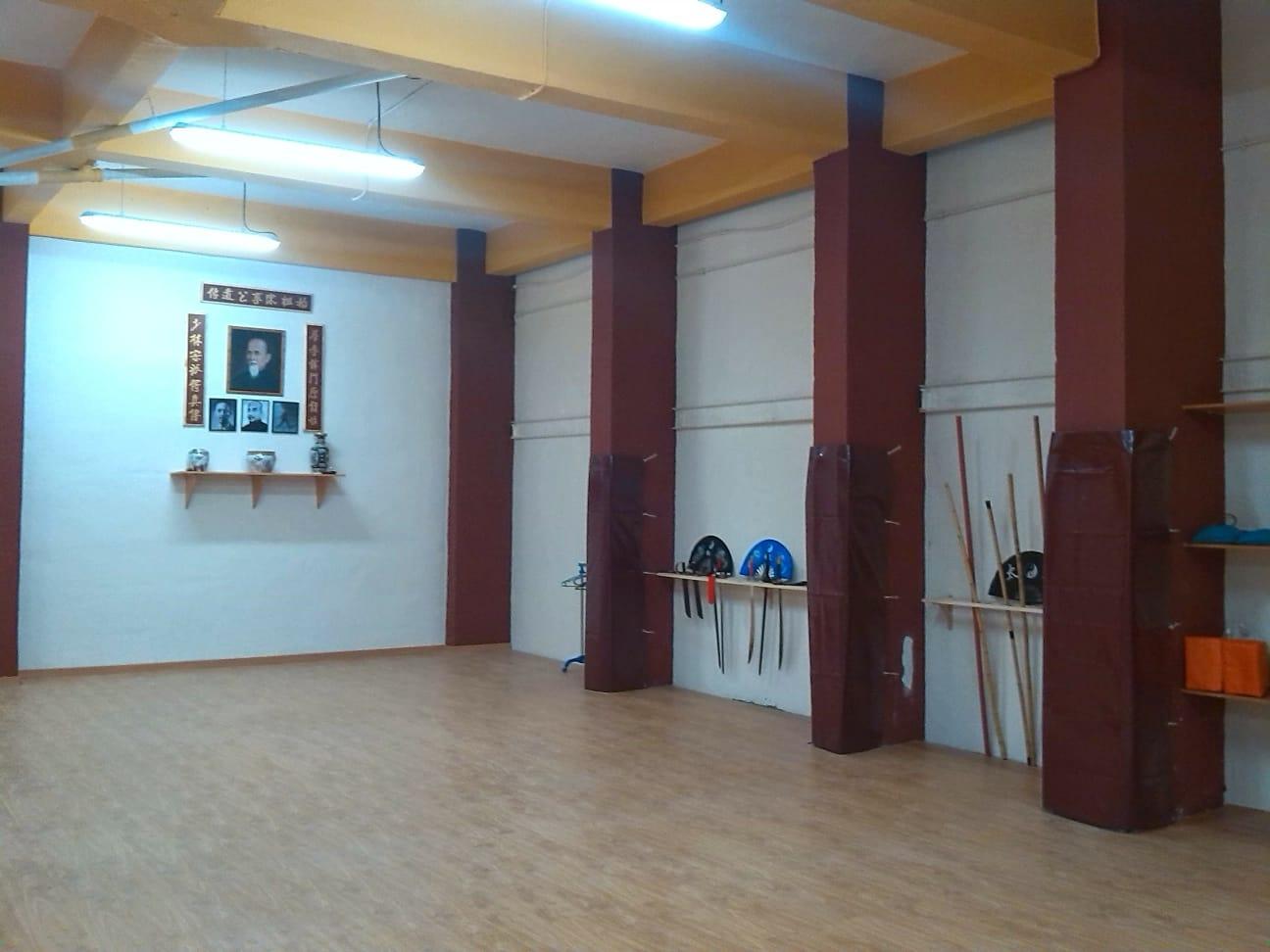 Altar 12